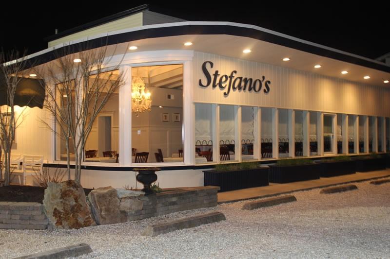 stefanos-front01.jpg